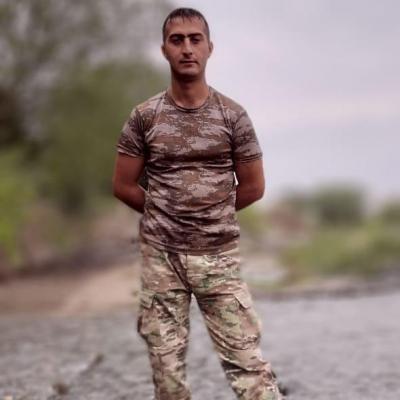 Həsənov Elman:  Talış kəndinin azad olunması uğrunda gedən döyüşlərdə şəhid olub