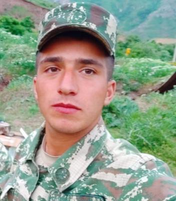 Ruslan Cəfərov :  Tuğ dağı istiqamətində gedən döyüşlərdə şəhid olub.