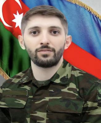 Rəvan Daşdəmirov : iki bacının bir qardaşı